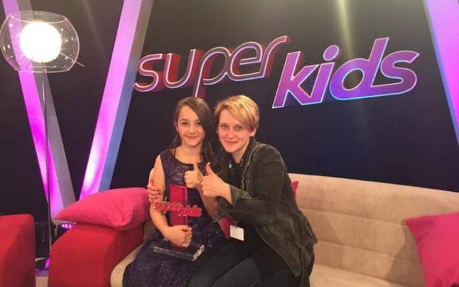O româncă de 12 ani, vedetă internațională! Puștoaica a câștigat un concurs de talente în Germania, iar acum va apărea într-un show american!