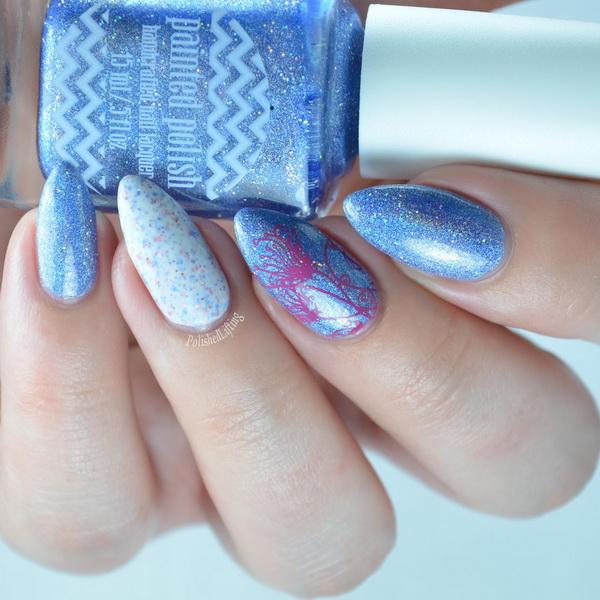 unghii ascutite albastru-seren