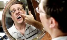 Ai visat vreodată că îți cad dinții? Iată care este cauza!