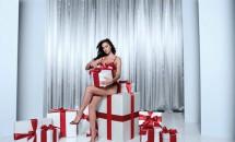 Irina Shayk, o crăciuniță sexy! Vezi imaginile de la ședința foto!