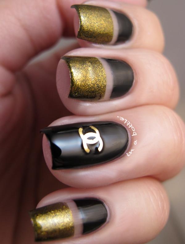 manichiura negru si auriu