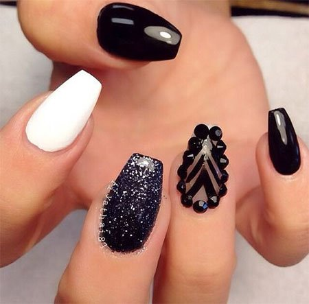 unghii alb cu negru 2017