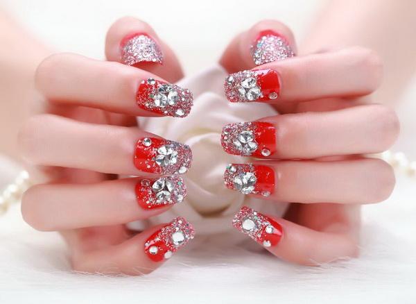 unghii cu cristale 2017