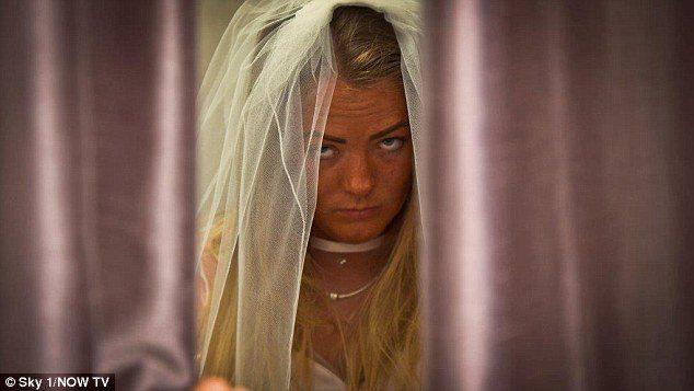 A lăsat organizarea nunții în mâinile viitorului soț. Rezultatul, terifiant! A ajuns să regrete amarnic ceea ce a făcut!