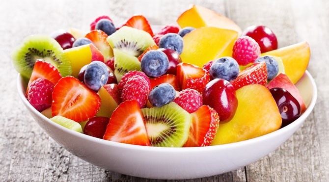 Este bine sa mancam fructe pe stomacul gol?