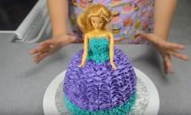 Cum sa faci un tort Barbie pentru copilul tau