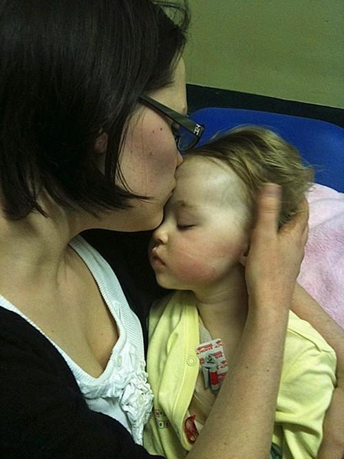 Miracol pentru o fetiță bolnavă 2