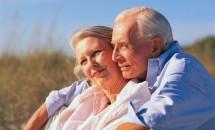 Bărbații care se căsătoresc cu femei inteligente trăiesc mai mult