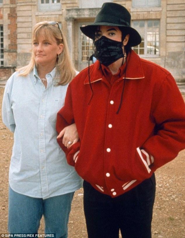 Cancerul la sân nu iartă. Fosta soţie a lui Michael Jackson este printre victime 1