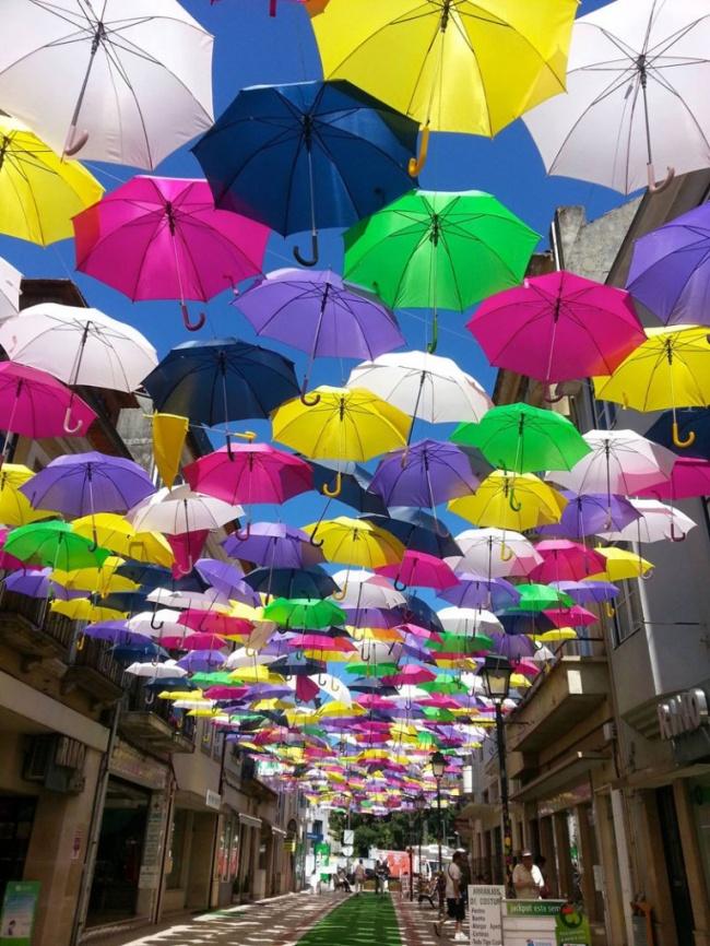 Proiectul anual Umbrella Sky din Portugalia