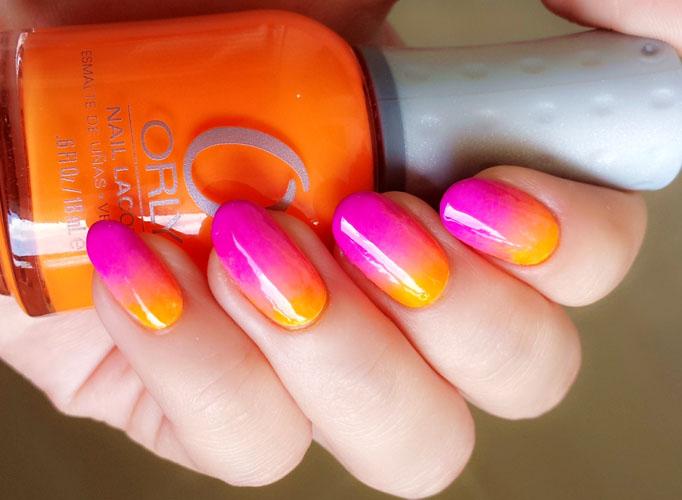 unghii-colorate-neon-pentru-plaja