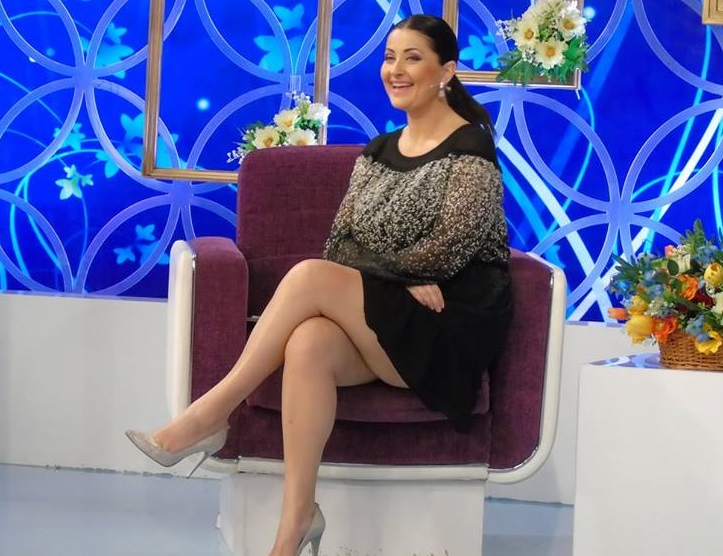 Gabriela Cristea a făcut cursuri de PUERICULTURĂ şi este foarte fericită 3