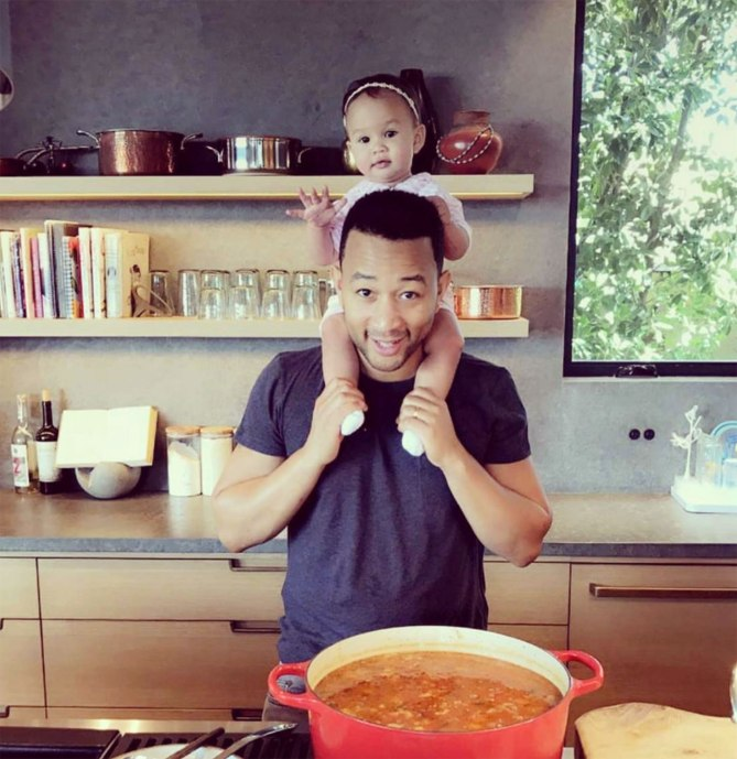 hot guys cooking with kids John Legend https://www.instagram.com/p/BQTcIVIgdix/?taken-by=johnlegend&hl=en