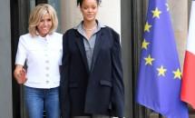 Rihanna s-a îmbrăcat ciudat de diferit la întâlnirea cu preşedintele Franţei