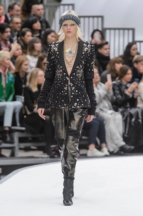 Chanel-colectia-toamna-iarna-2017-2018-47