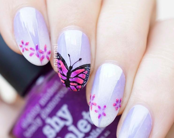 model unghii mov cu fluturi