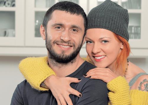 Cum a petrecut Dana Nălbaru nunta de mătase
