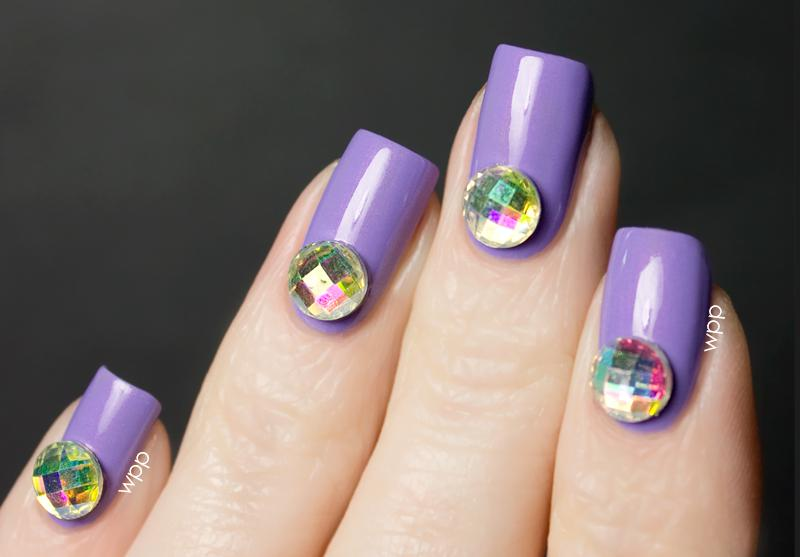 model unghii cu gel mov
