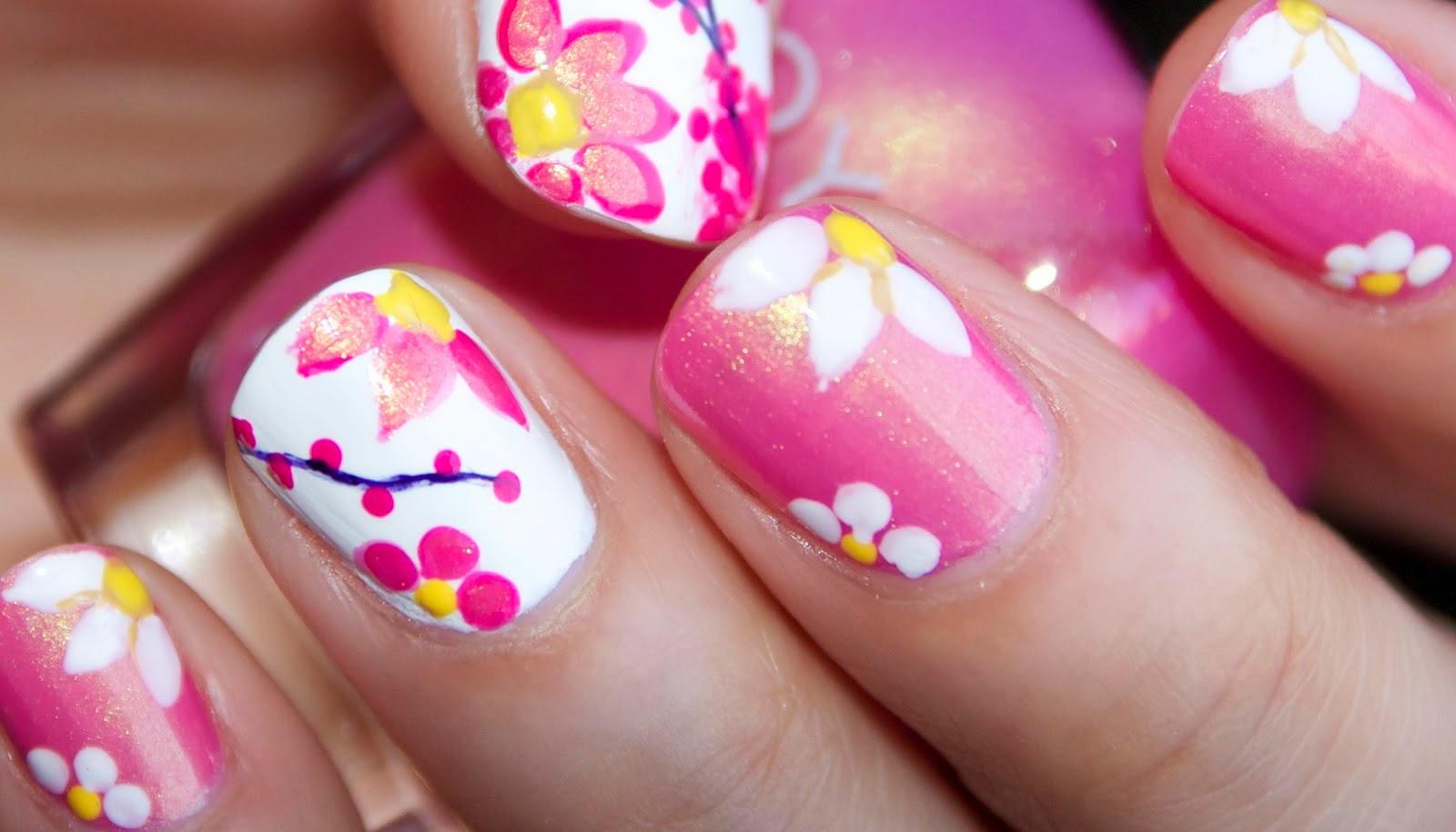 model unghii roz cu flori
