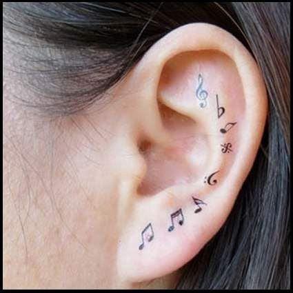 tatuaje in zona urechii 6