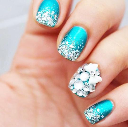 unghii albastre pentru nunta