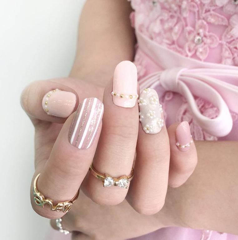 unghii cu margele