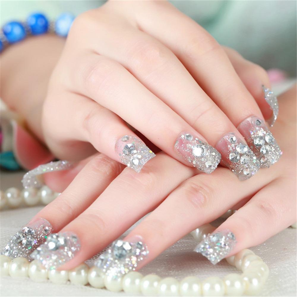 unghii mireasa cu pietre