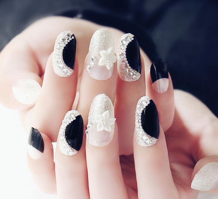 unghii mirese alb cu negru