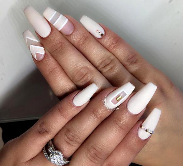 unghii patrate pentru nunta