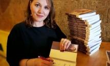 Scriitoarea Irina Binder le critică dur pe cele care comentează ținutele persoanelor publice