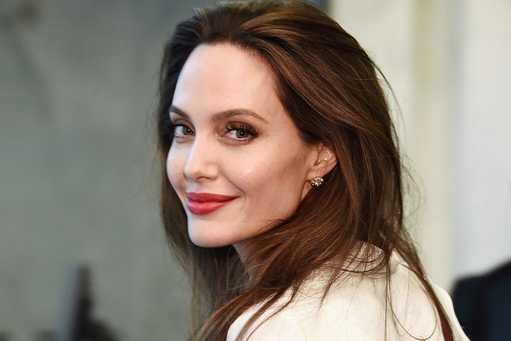 NEW YORK, NY - SEPTEMBER 14: Actress and Special Envoy to the United Nations High Commissioner for Refugees Angelina Jolie visits The United Nations on September 14, 2017 in New York City. (Photo by Michael Loccisano/Getty Images)