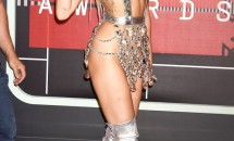 Evoluția lui Miley Cyrus: de la stilul rebel, la stilul înflorat