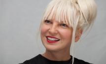 Sia și Maddie Ziegler pregătesc fanilor o surpriză de Crăciun