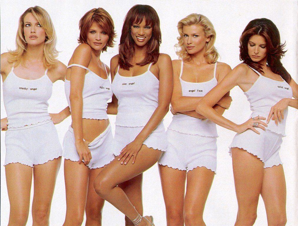 Asa aratau supermodelele in urma cu 20 de ani fara Photoshop