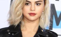 Nimănui nu i-a venit să creadă! Iată cum și-a făcut apariția Selena Gomez la American Music Awards!