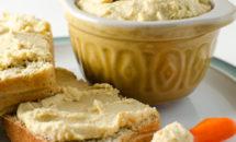 Hummus din naut si caju