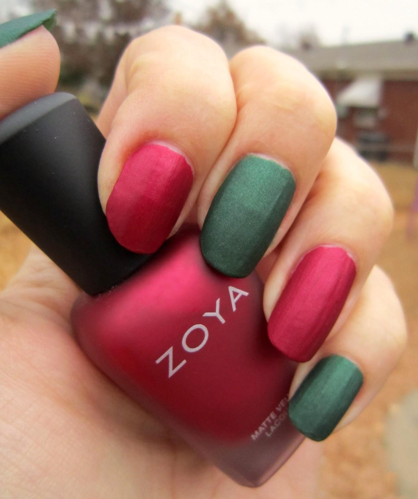 Model unghii rosu si verde