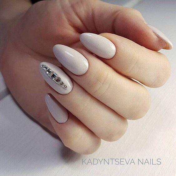 modele de unghii pentru mirese 2