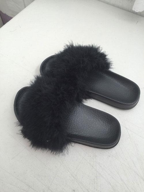 Papucii-cu-blana