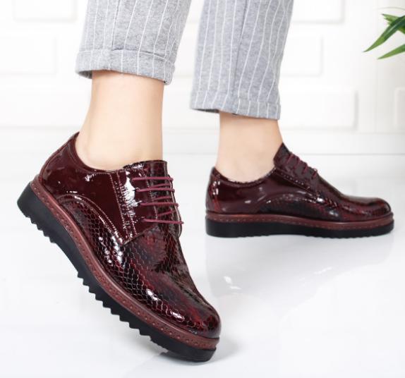 Pantofii masculini sunt în trend în acest sezon