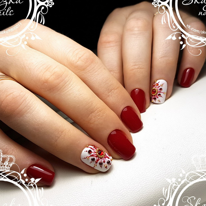 unghii rosii pentru Iarna