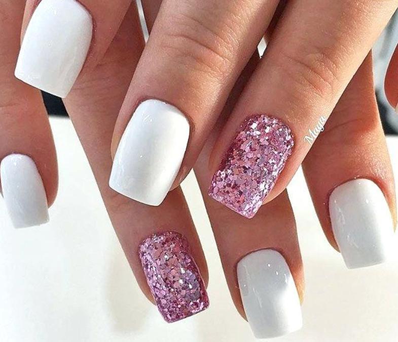 model unghii albe si roz