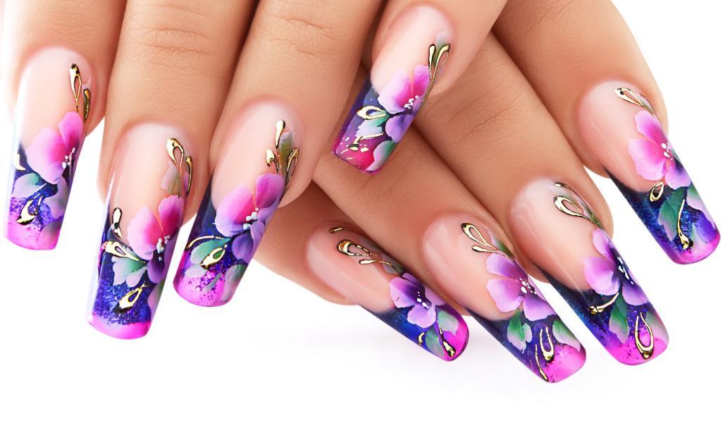 model unghii cu flori 2020