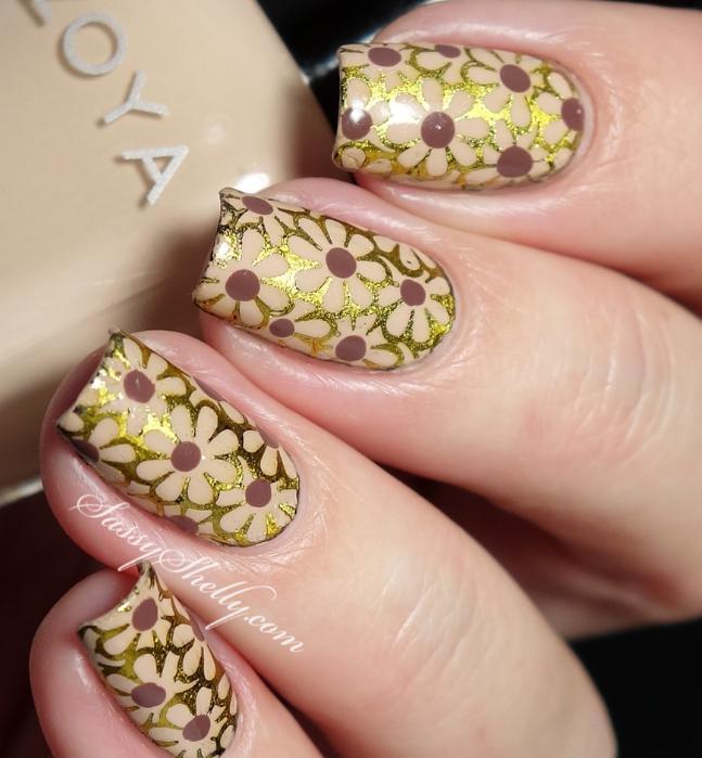 unghii aurii cu flori 2020