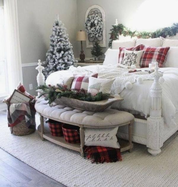 Decoratiuni de Craciun pentru dormitor