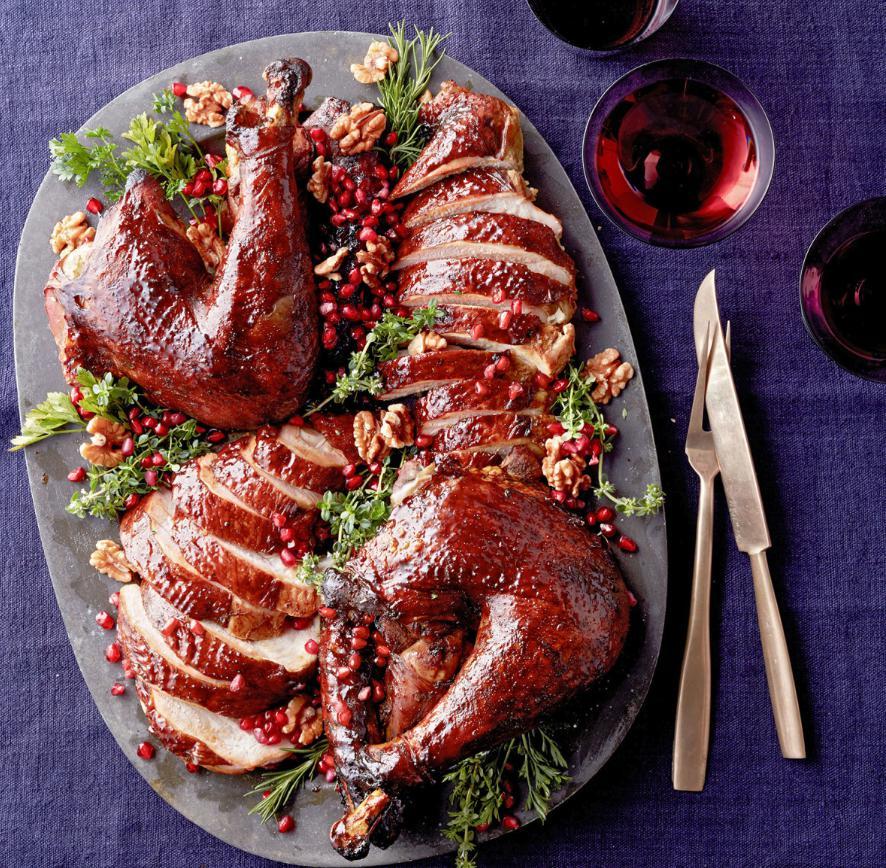 Carne de curcan cu salata de bulgur si rodii