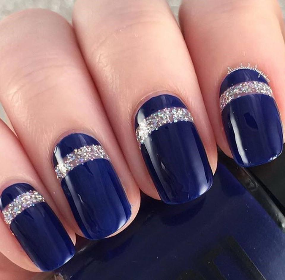 mode unghii gel albastre
