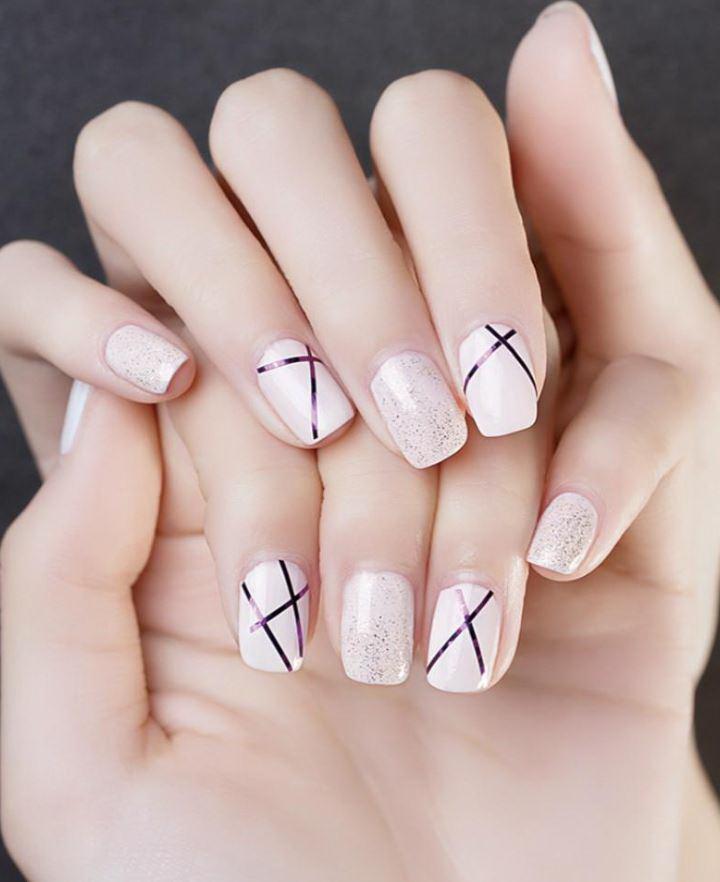 unghii cu gel roz pal
