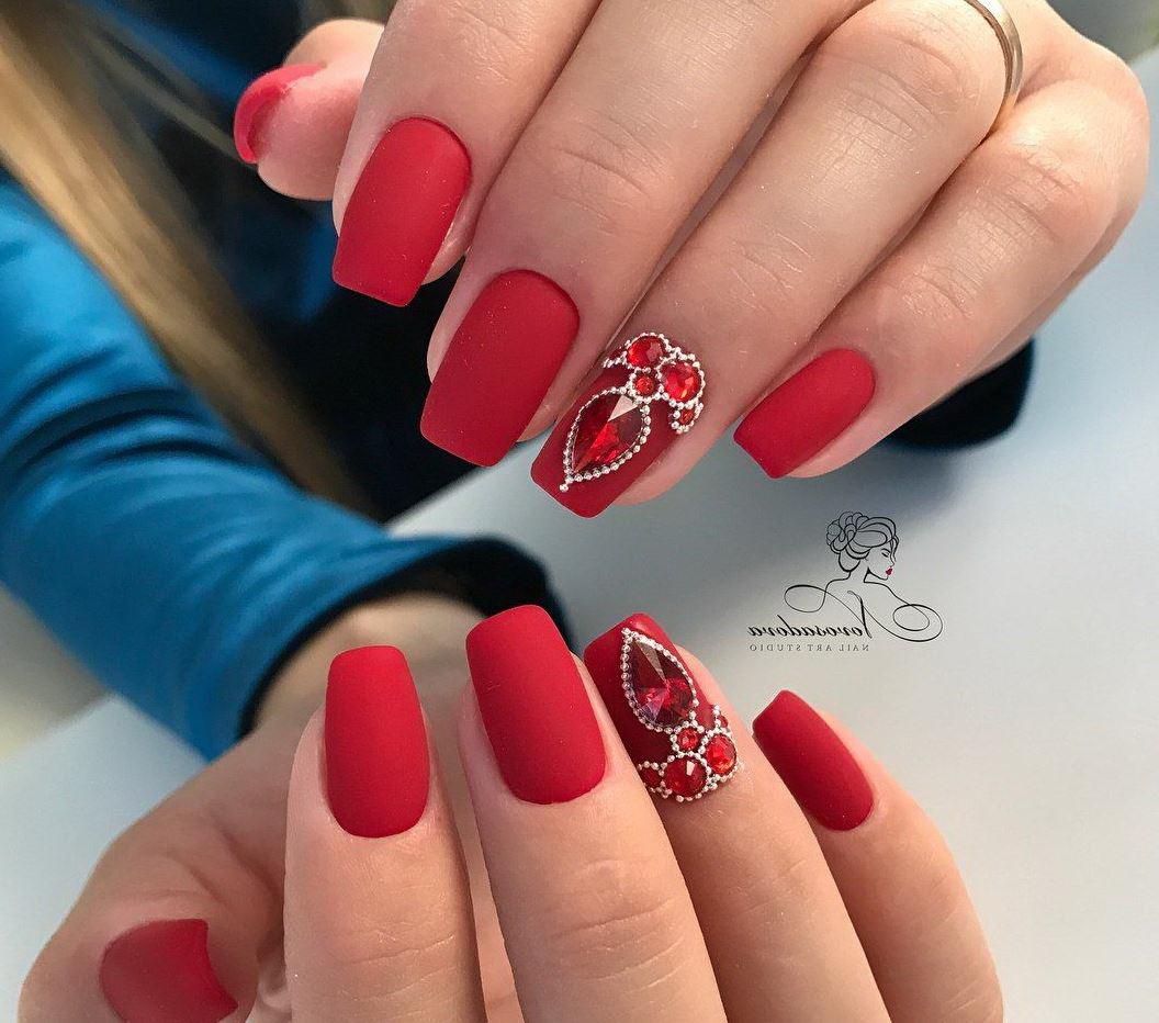 unghii rosii cu gel